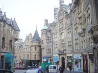 800px-Edinburgh_Cockburn_St_dsc06789