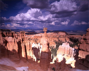 Thorshammerwclouds, Bryce Canyon, Ray Mathis