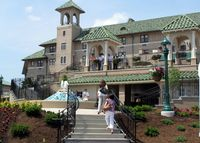 Hershey Hotel, front-Ellen Perlman