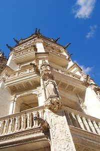 Chateau_de_Blois, solo travel, boldlygosolo
