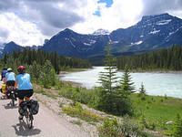 Canadian_rockies_biking