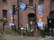 Beatles_museum_entrance_ellen_perlm