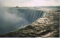 Niagara_falls_canada_side_ellen_p_3