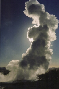 Icelandic_geyser_steaming_after_it_